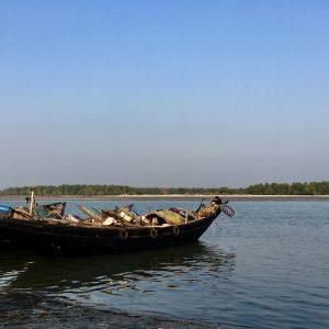 Fishing boat Dublar Char Bangladesh Fishermen Fishing Sunderbans
